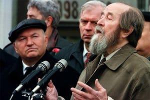 aleksandr solzhenitsyn giving a speech